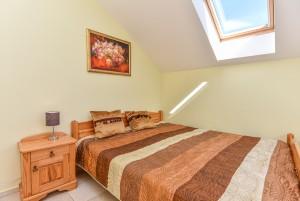 Nr. 4 Dviejų miegamųjų apartamentai su virtuve ir atskiru įėjimu iš kiemo